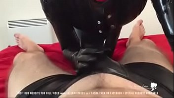 mistress feet bath Flash play darts public