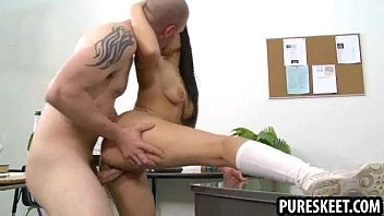 gets skinny babe fucked threesome in hard Bukkake amateur slut pussy drilled hard in asian sex video