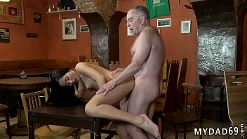doggiestyle young fuck men girl 70 Con una argentina colegiala