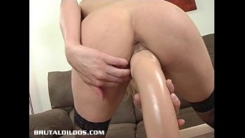 handjob busty blonde and outdoor hot gave a horny Espiando en el bano de las colegialas