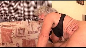 black biggest booty ghetto Masseuse puts a guys cock in his mouth