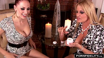 kelly and starr bobbi Beauty senior piss