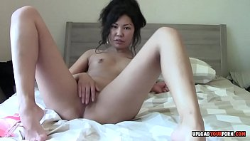 13 asian xnxx video virgin Dad insest daughter