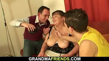 granny gang nasty big bang Ts cumming while getting ass fucked