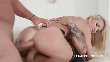 creampie enjoys hubby Baby dog milking y small penis