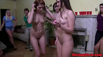 hu lesbian strapon kelly 1055 young hot and anal